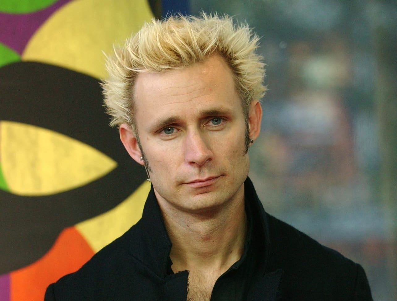 <b>Mike Dirnt</b> Produce Crickets - 134144_2004-09-30_-_green_day_visit_trl_uk_-_22-copy